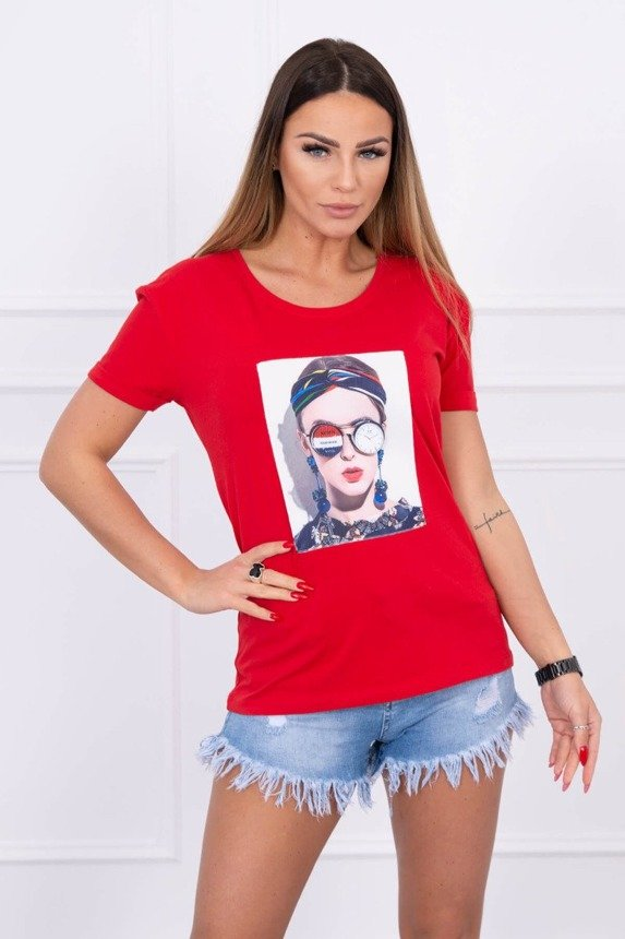 Blouse with a woman's graphics red
