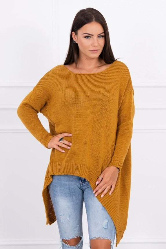 Sweater with longer sides