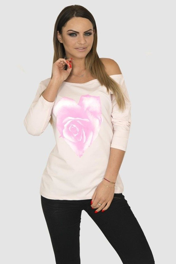 A blouse with a heart, powdered pink