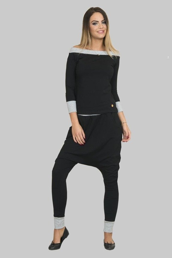A set comprising hammer trousers and a blouse, black+gray