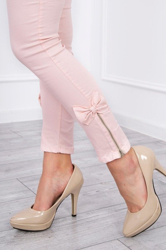Colorful jeans with bow powdered pink
