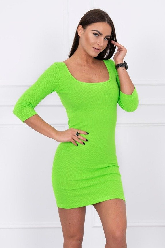 Dress fitted with a round neckline, 3/4 sleeve green neon