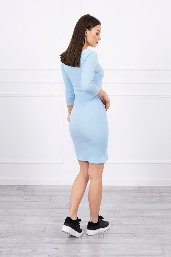Dress fitted with neckline azure