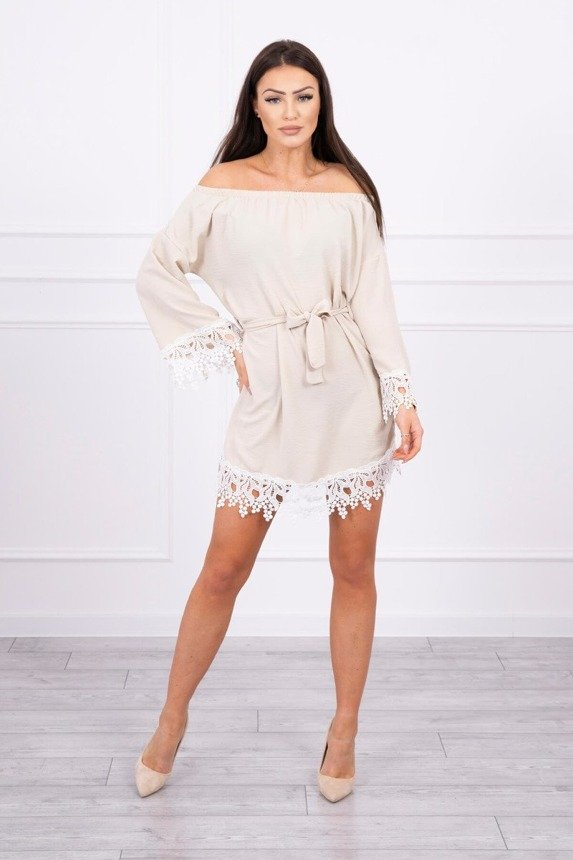 Dress with lace tied at the waist beige
