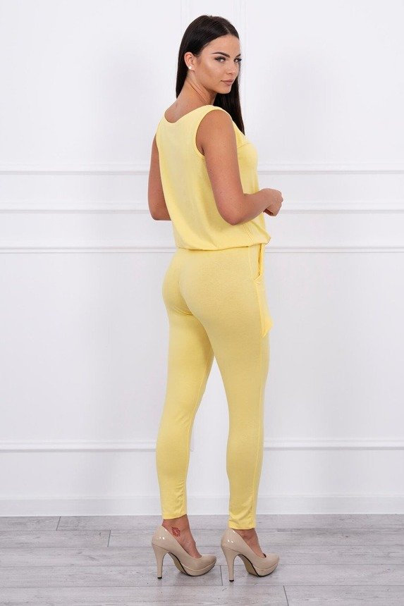 Elegant suit with binding yellow