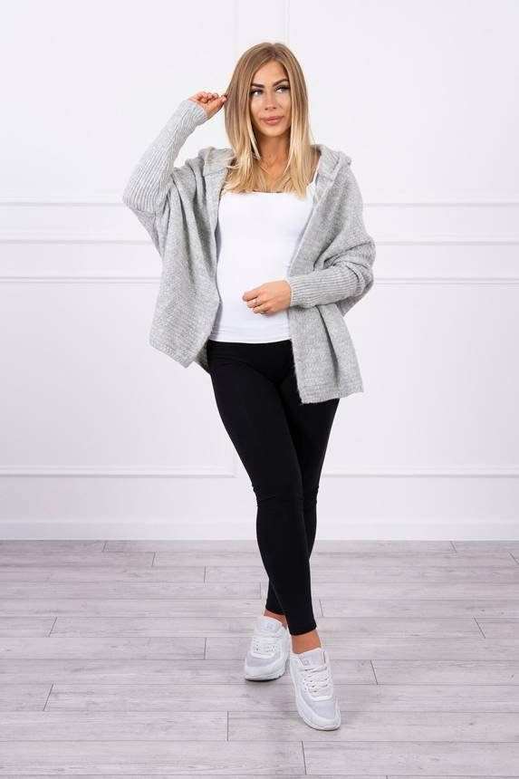 Hooded sweater with batwing sleeve