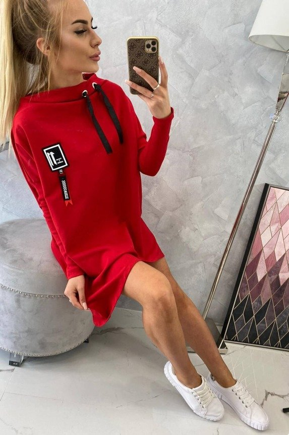 Oversize sweatshirt with asymmetrical sides red