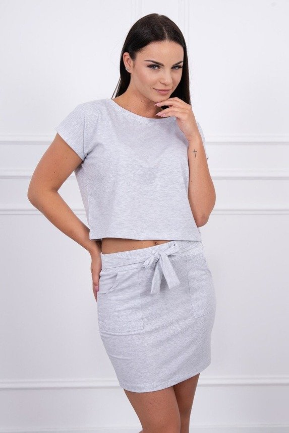 Set with tied skirt gray