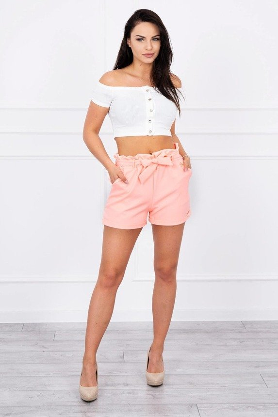 Shorts tied at the waist apricot