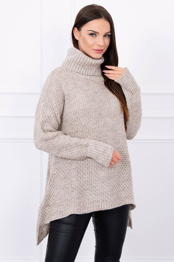 Sweater flared at the bottom beige