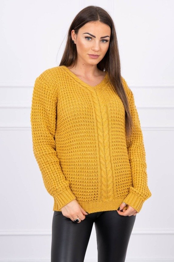 Sweater with neckline decorated with braid mustard