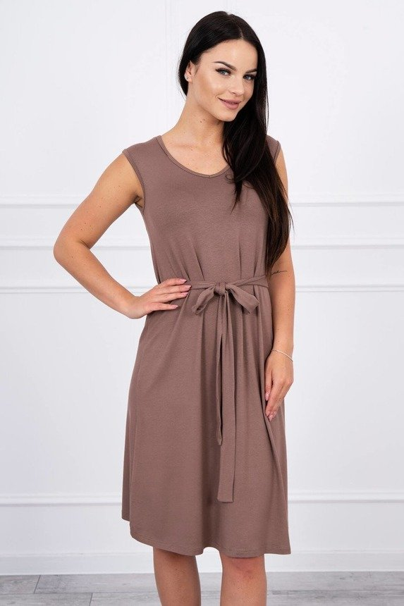 Trapezoidal dress tied at the waist cappuccino
