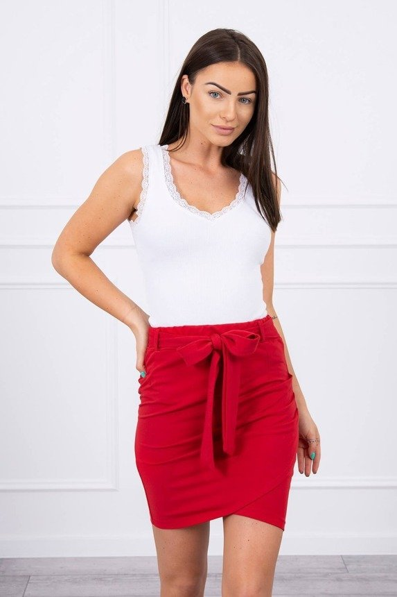 Wrap skirt tied at the waist red